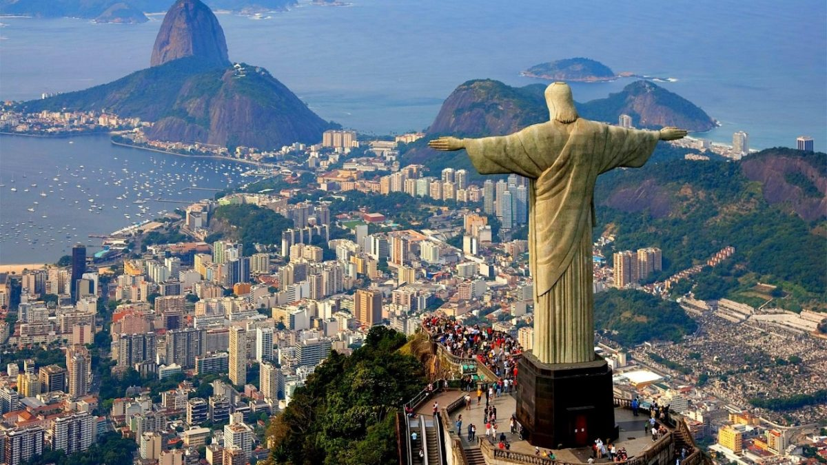Статуя Христа Спаситебя в Бразилии, Рио-де-Жанейро
