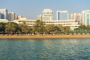 Пляжные отели Абу-Даби. Ранне бронирование туров в Абу-Даби. Le Meridien Abu Dhabi