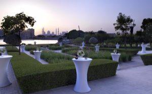 Раннее бронирование туров в Абу-Даби. Fairmont Bab Al Bahr