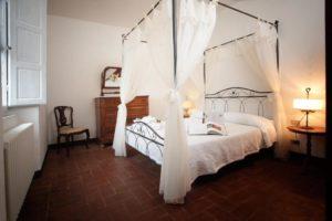 Туры в Италию Тоскану размещение в апартаментах поместья Badio a Coltibuono