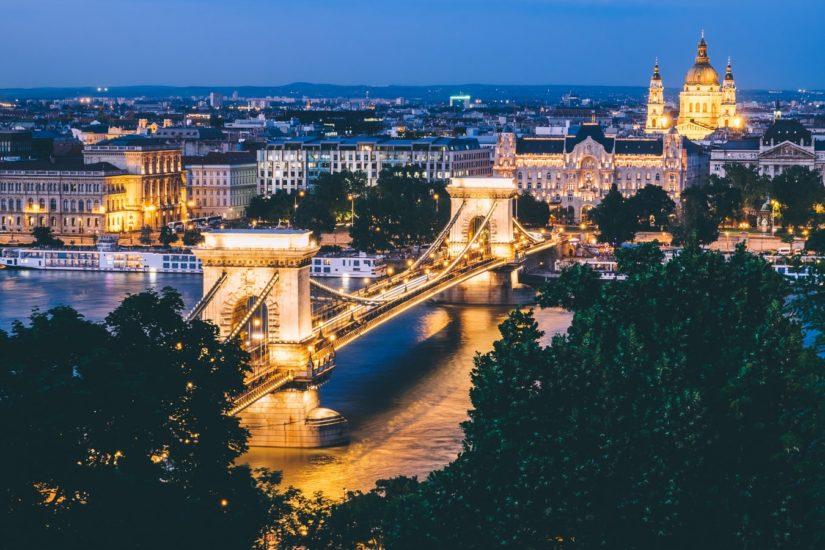 Автобусные туры в Европу без ночных переездов Будапешт