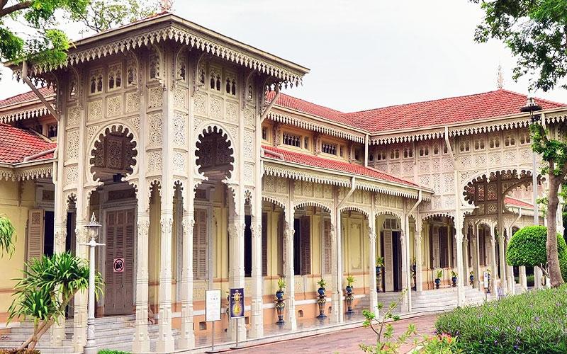 Тронный зал Абхисек Дусит (Abhisek Dusit Throne Hall)