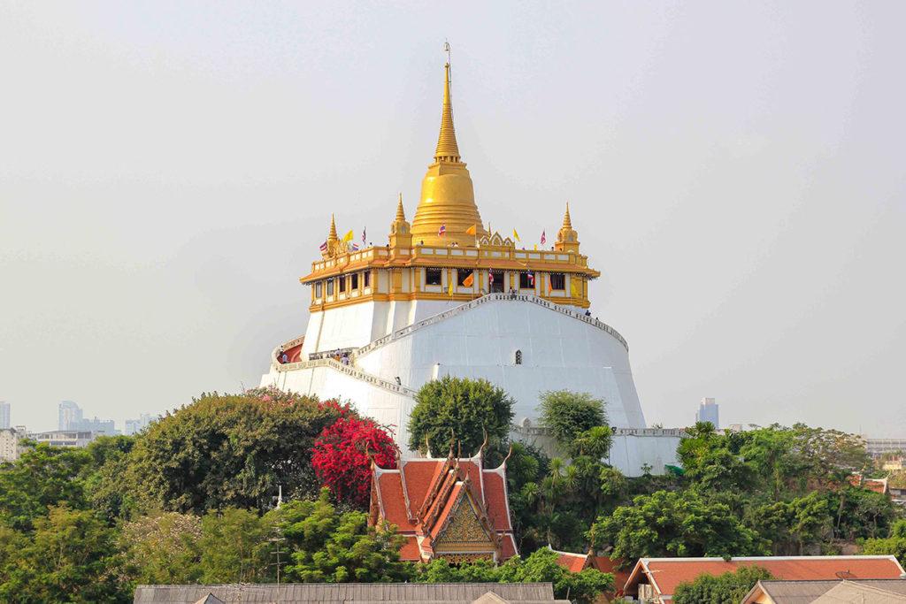 Храм Ват Сакет (Wat Saket)