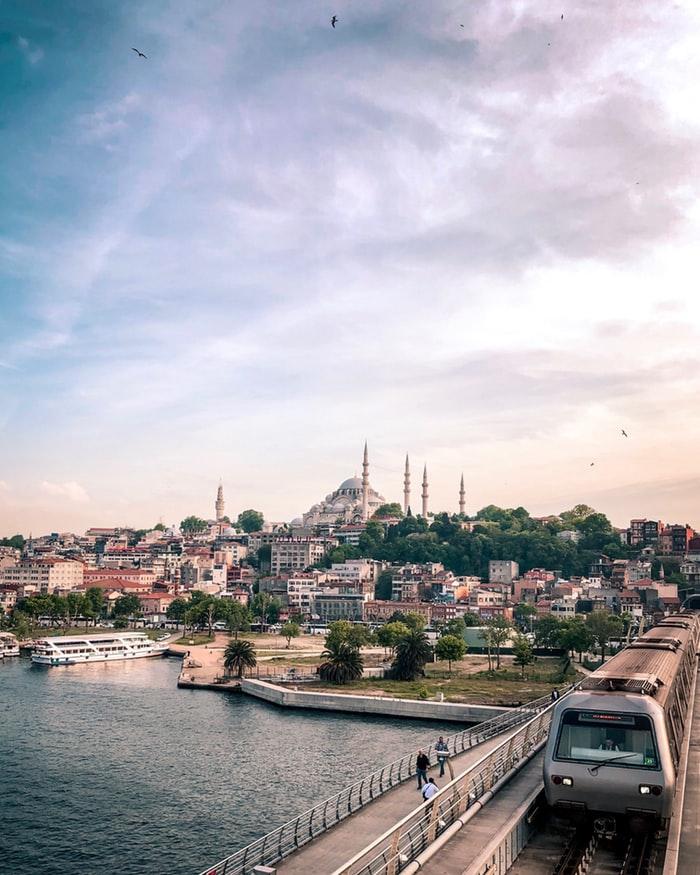 Ограничение на въезд или транзит в Турцию из стран повышенного риска